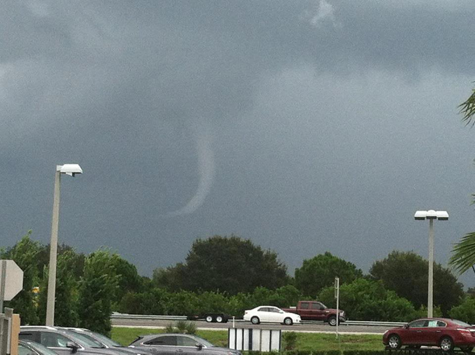 TROUBLE IN THE TROPICS, Coming Soon to a Body of Water near you..... - Page 2 Funnel-cloud-melbourne-rachael-will