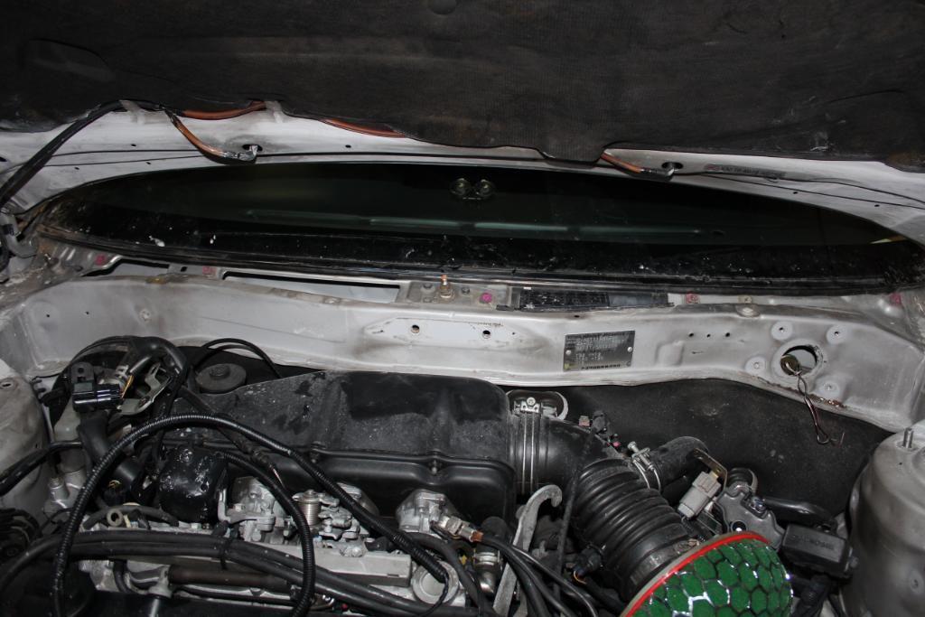 4ageboi's car painting garage..... IMG_1209