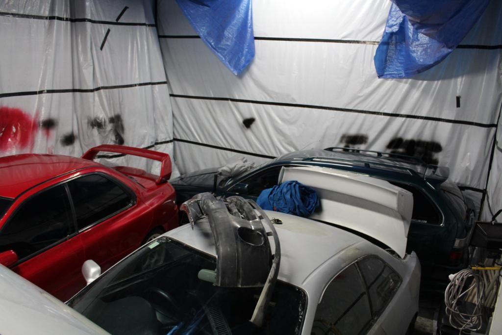 4ageboi's car painting garage..... IMG_1214-1