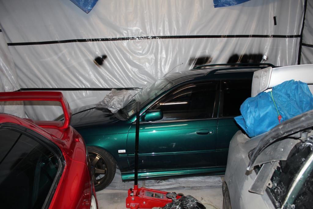 4ageboi's car painting garage..... IMG_1221