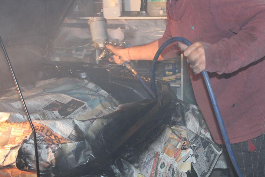 4ageboi's car painting garage..... IMG_1233
