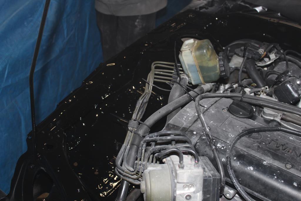 4ageboi's car painting garage..... IMG_1255