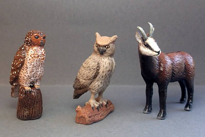 Susanne's Konik and Takin from Agata, and two more : Chamois and spotted wood owl 23/8 '15  :-D AgataCustom2308152_zpsujfdpzpt