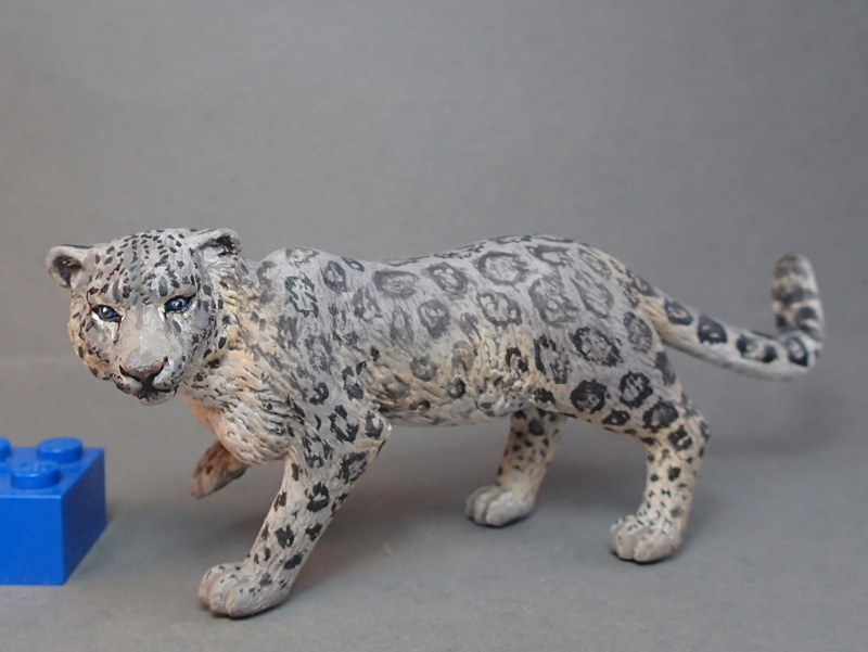 Snow leopard and Alphadon, repainted by Costa !! P8310005_zpsa4760d2c