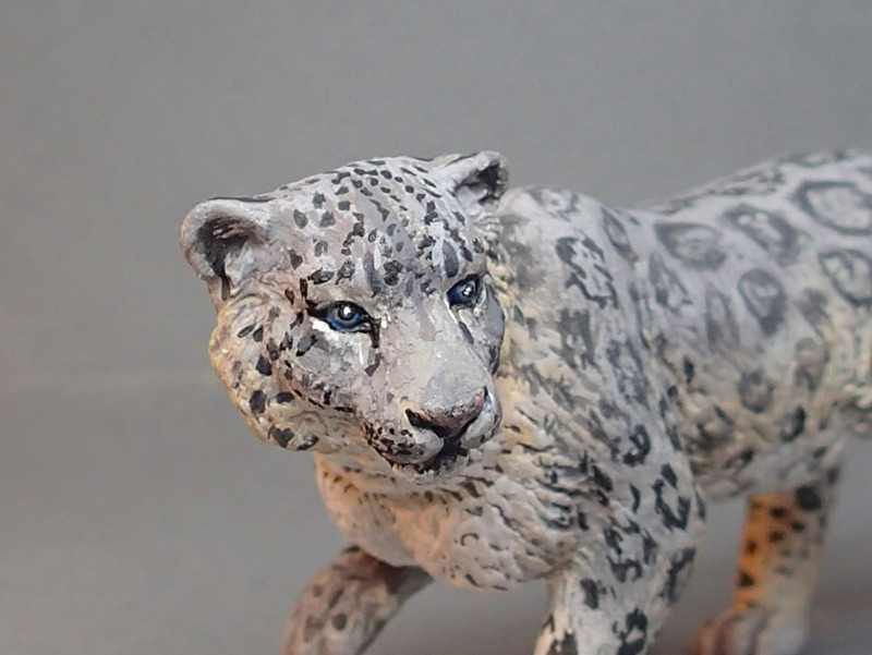 Snow leopard and Alphadon, repainted by Costa !! P8310009_zps60f12da1