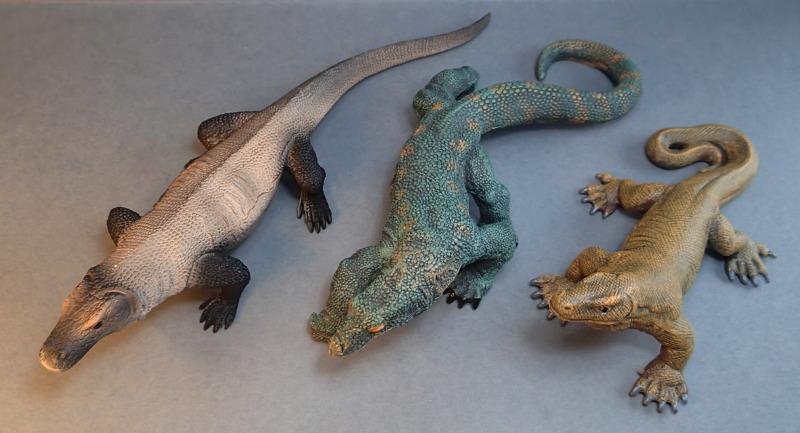 Mojo Komodo dragon, - new for 2014. MojoVaranCompare_zps376c30c8