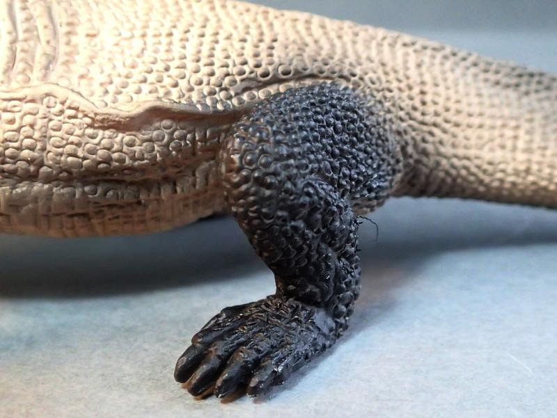Mojo Komodo dragon, - new for 2014. PA010036_zps8cd30c81