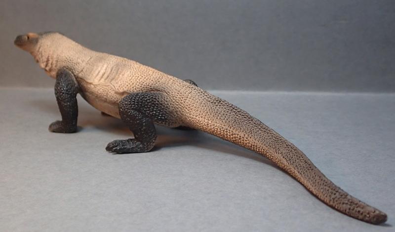 Mojo Komodo dragon, - new for 2014. PA010043_zps0ba93e45