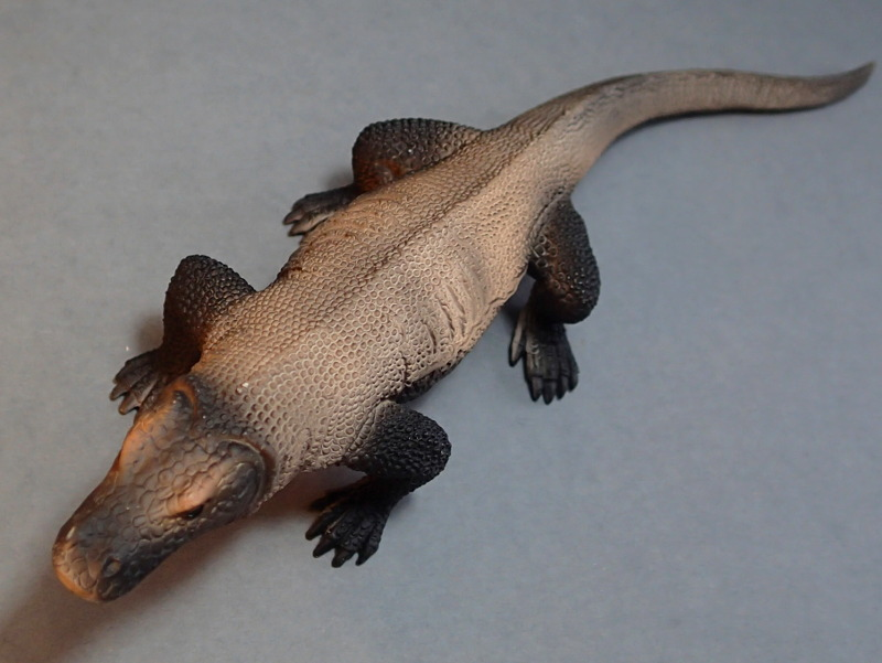 Mojo Komodo dragon, - new for 2014. PA010044_zps3d544e07