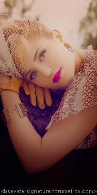 Dianna Agron ---1