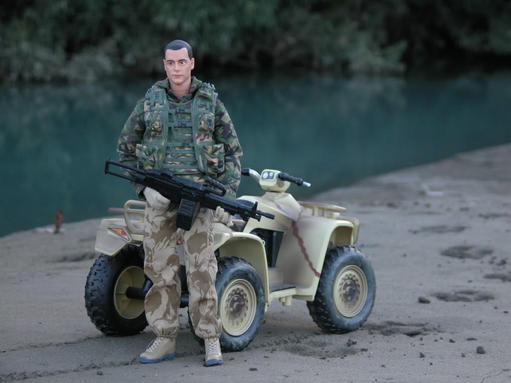 HM Armed Forces DSCN7882_zps4b26f85e