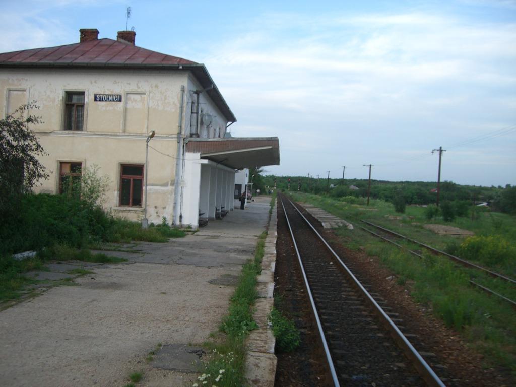 901 : Bucuresti Nord - Titu - Pitesti - Piatra Olt - Craiova - Pagina 3 CIMG8582-1