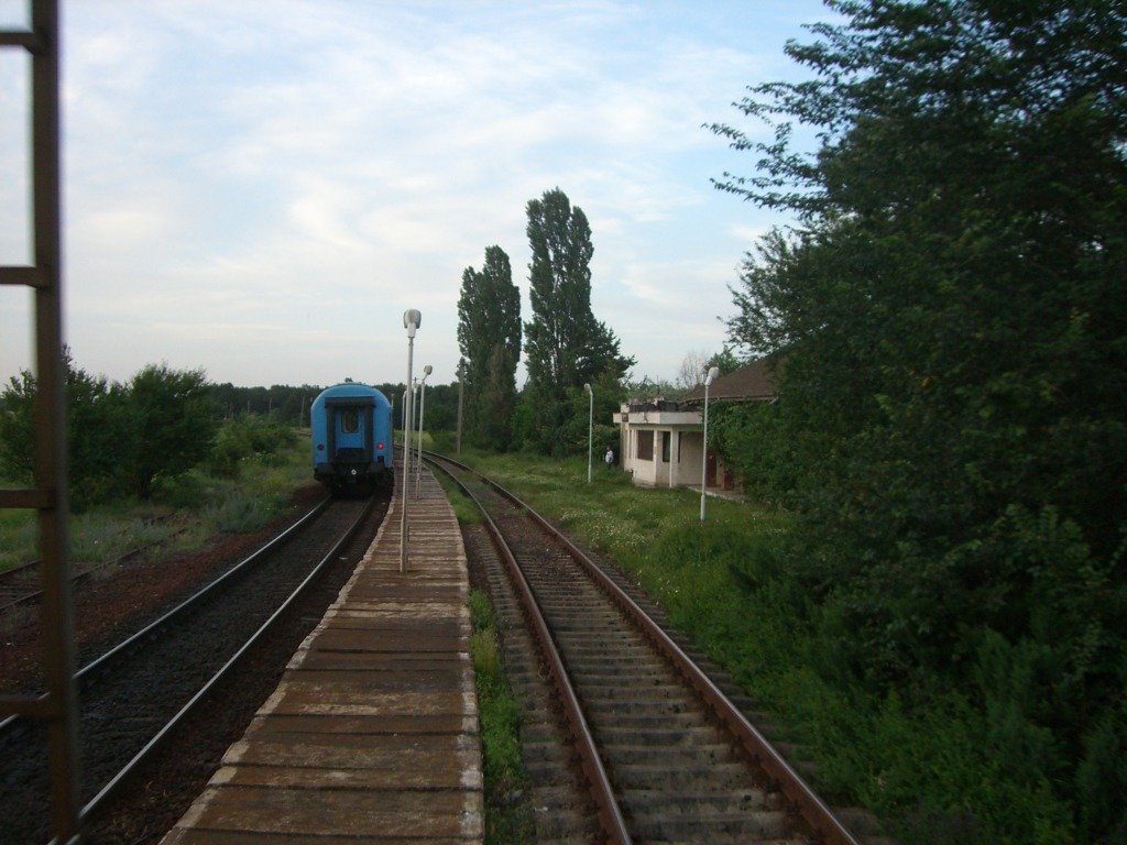 901 : Bucuresti Nord - Titu - Pitesti - Piatra Olt - Craiova - Pagina 3 CIMG8584-1