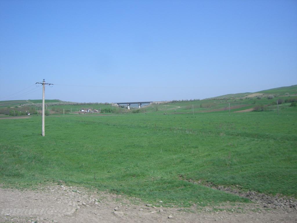 609 : Dingeni - Saveni - Drăguşeni CIMG8511