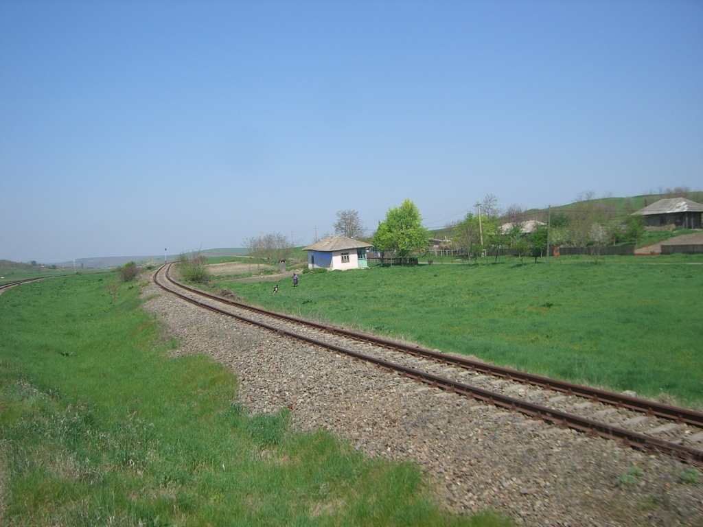609 : Dingeni - Saveni - Drăguşeni CIMG8514