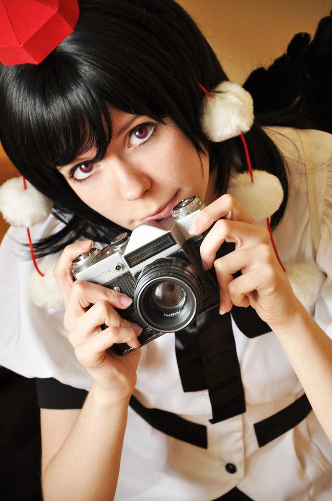Cosplay spotlight Aya_shameimaru_cosplay_iii_by_tenori_tiger