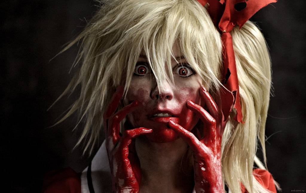 Cosplay spotlight Flandre_scarlet_cosplay_koumajou_densetsu_by_tenori_tiger-d5u0o1d