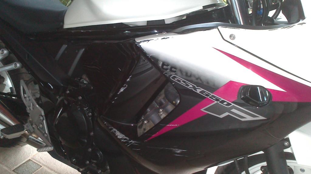 Tombo GSX 650 F 2012 - branca DSC_0357