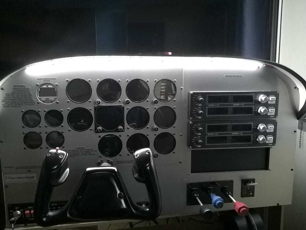 Cockpit macbare IMG-20160530-WA0007_zps40lapdra