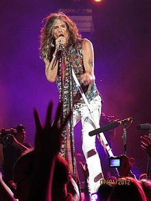 [Music Artist Wiki] Aerosmith 220px-Steven-Tyler-Nassau-Coliseum-2012