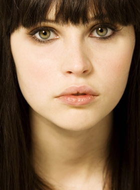 Cassie Hall :: Felicity Jones CassieaprilhallI