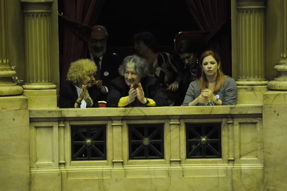 Фотографии и скрины 2012 - Página 2 4fa36bc83ac75