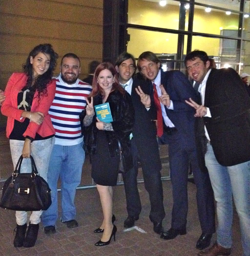Фотографии и скрины 2012 - Página 2 ArUuzs6CEAAQcP4