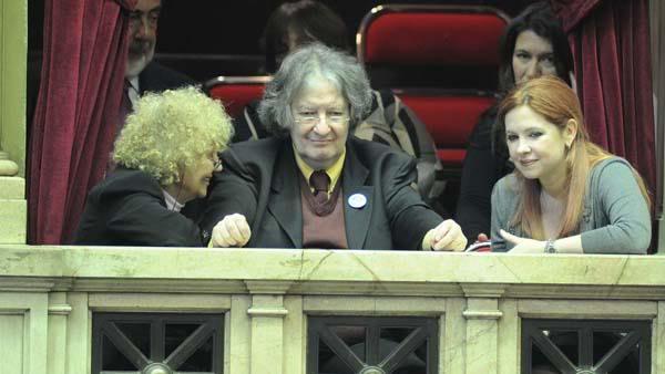 [02/05/2012] Andrea en el Congreso durante la aprobacion de la expropiación d YPF Andrea_del_boca