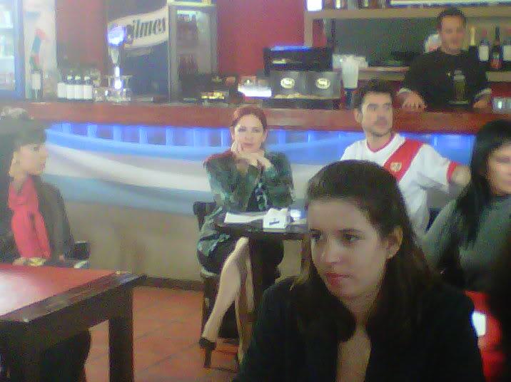 [25-05-2012] Andrea del Boca filma un documental sobre la historia del Quilmes Atlético Club Andreadelboca4