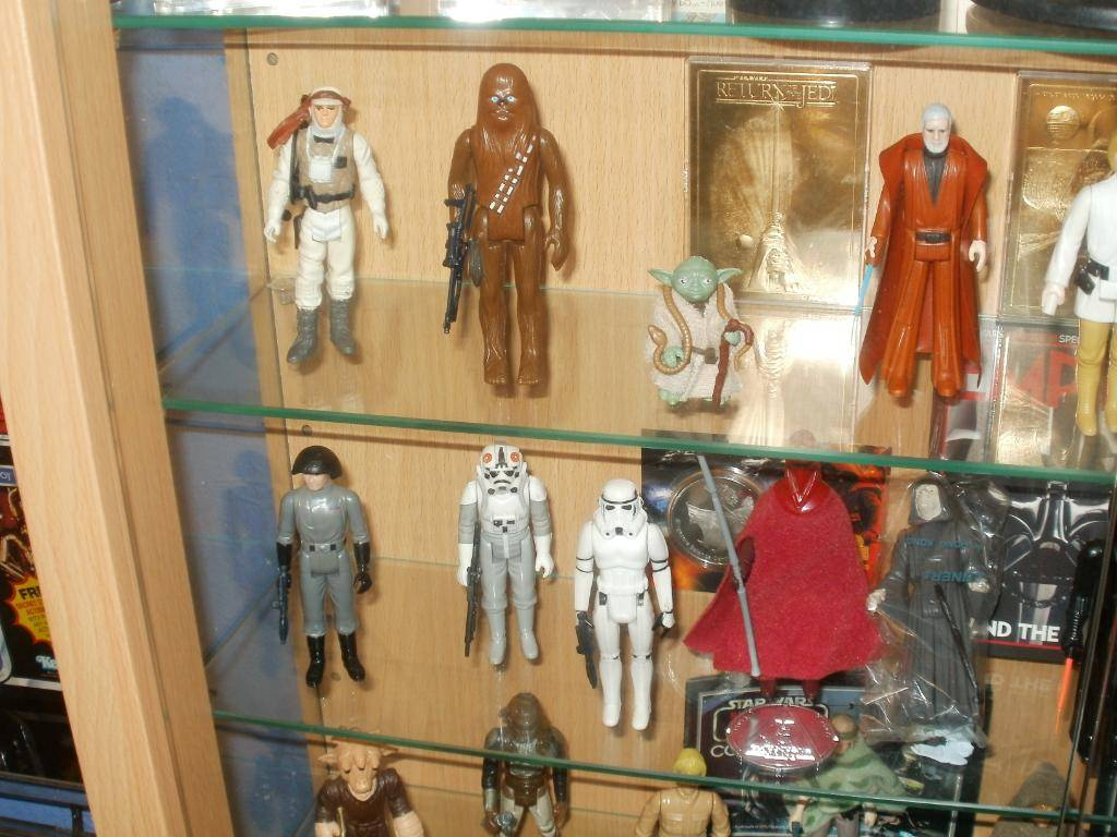 Vintage C-3PO & Loose Display New Items added 08/10/12 299