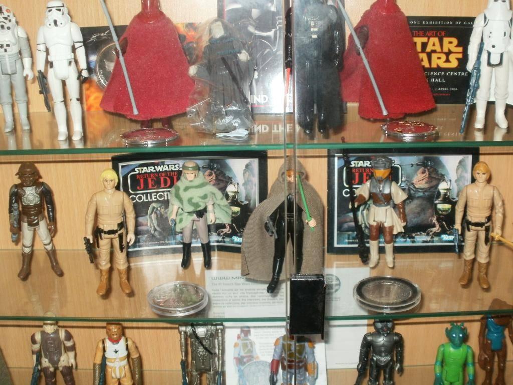 Vintage C-3PO & Loose Display New Items added 08/10/12 300