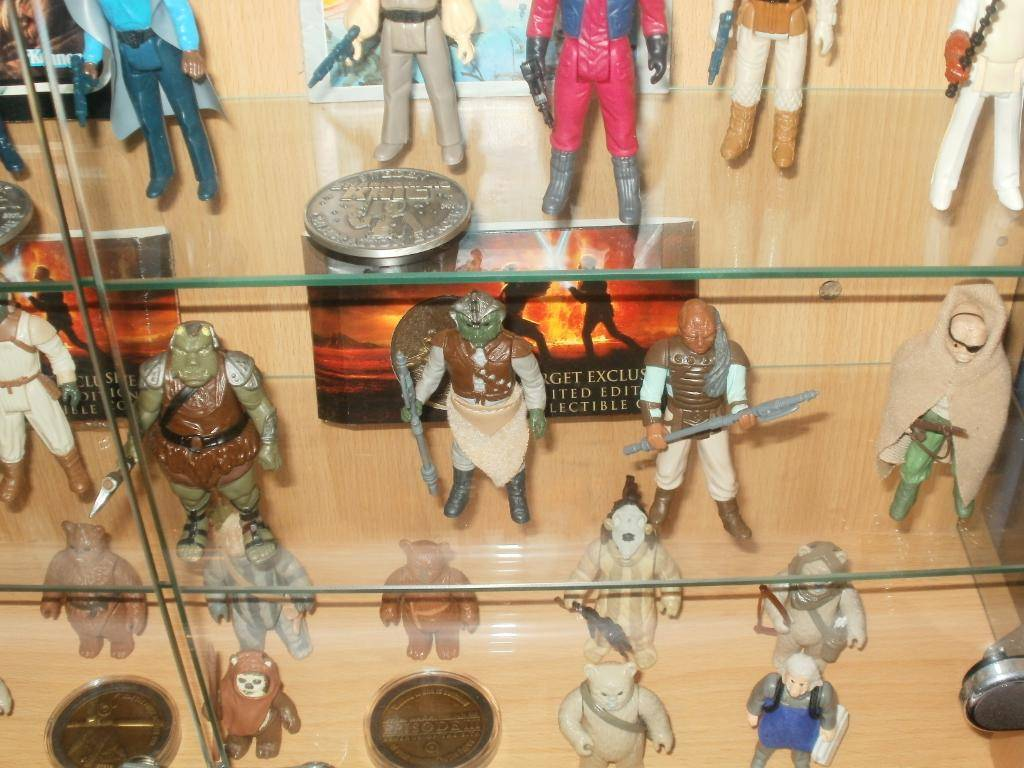 Vintage C-3PO & Loose Display New Items added 08/10/12 304