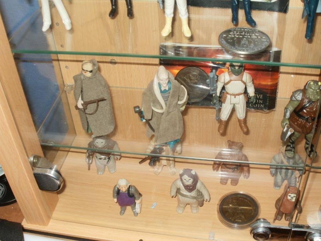 Vintage C-3PO & Loose Display New Items added 08/10/12 305