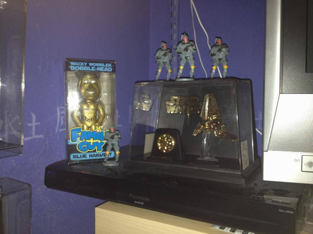 Vintage C-3PO & Loose Display New Items added 08/10/12 033-1