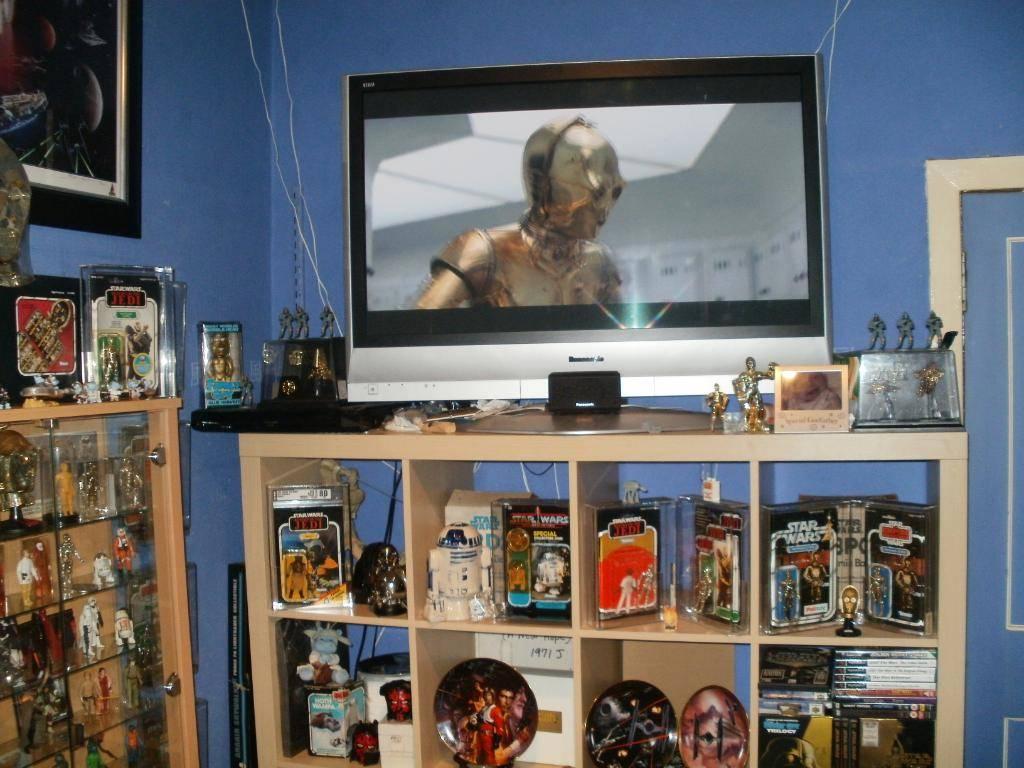 Vintage C-3PO & Loose Display New Items added 08/10/12 221