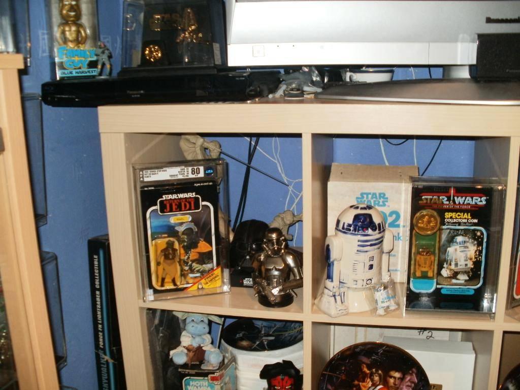 Vintage C-3PO & Loose Display New Items added 08/10/12 229