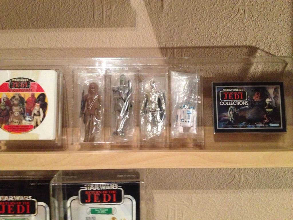 Vintage C-3PO Collection, another Focus Update JAN 2013 all my 3po items 57C0BEED-868D-4E0E-8B7F-66886D3DE820-4306-0000033A7D1BCEBB
