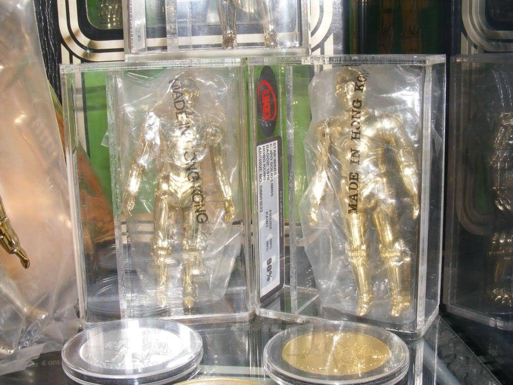 Sep 2013 Ikea Deltof C-3po Set up & Vintage C-3po Moc Shelfs 326_zpsf6045632