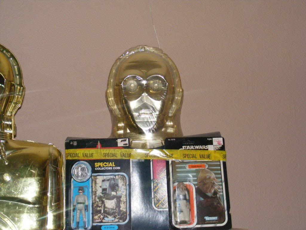 Sep 2013 Ikea Deltof C-3po Set up & Vintage C-3po Moc Shelfs 353_zps69fff44a
