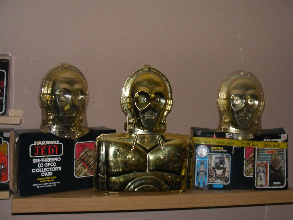 Sep 2013 Ikea Deltof C-3po Set up & Vintage C-3po Moc Shelfs 362_zps1b73f6ad
