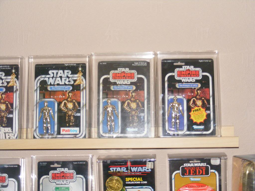 Sep 2013 Ikea Deltof C-3po Set up & Vintage C-3po Moc Shelfs 366_zps96b25eaf