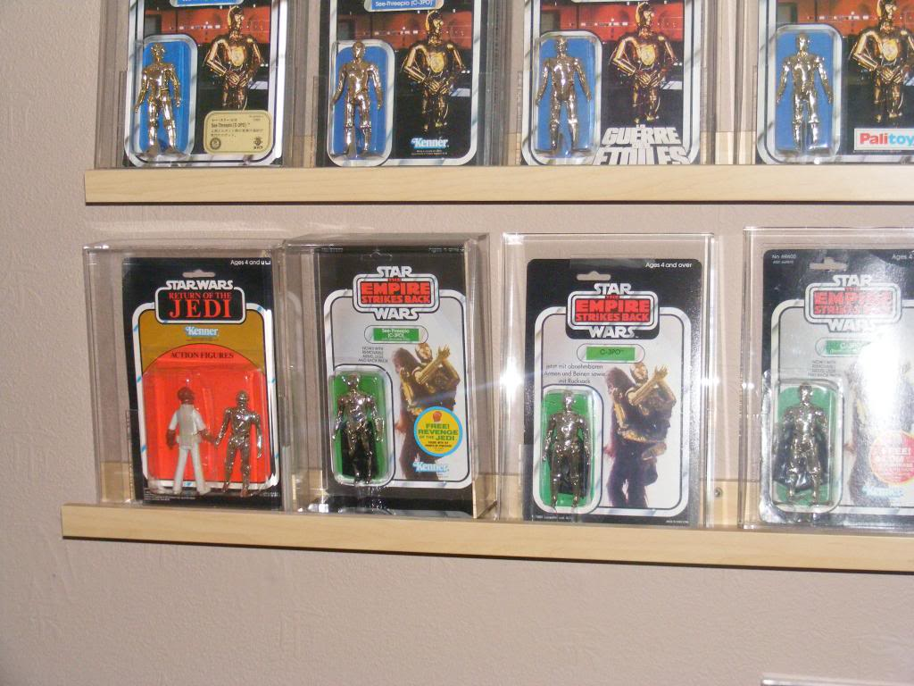 Sep 2013 Ikea Deltof C-3po Set up & Vintage C-3po Moc Shelfs 368_zps4a453a9f