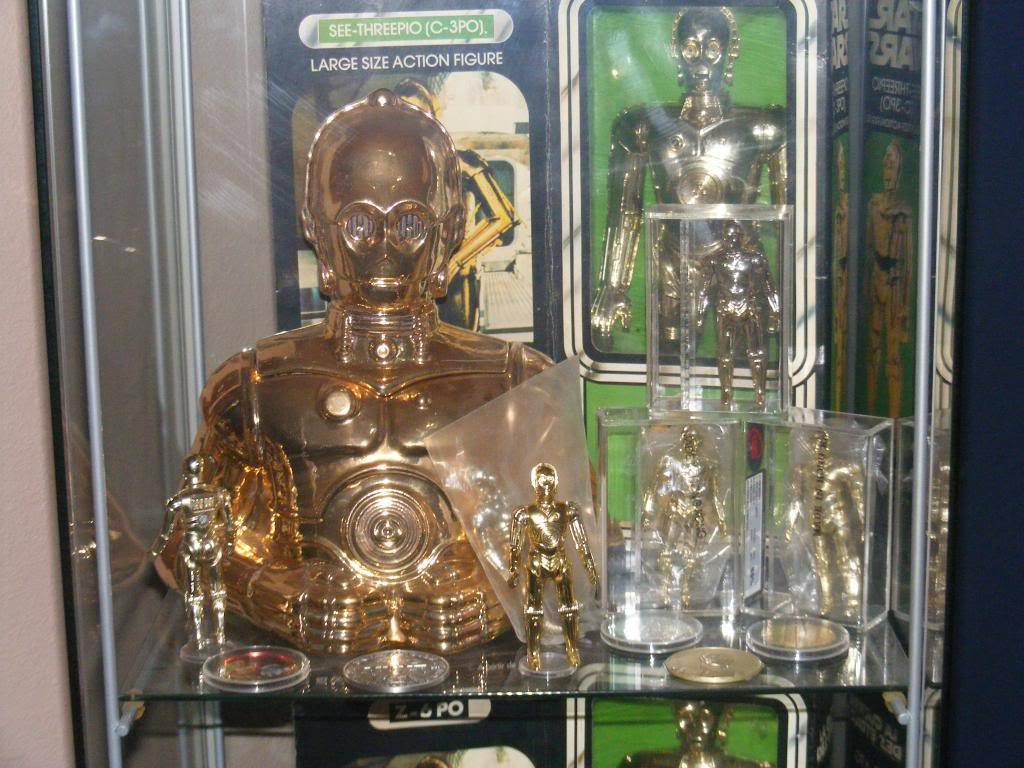 Sep 2013 Ikea Deltof C-3po Set up & Vintage C-3po Moc Shelfs 372_zps1ffb3d8c