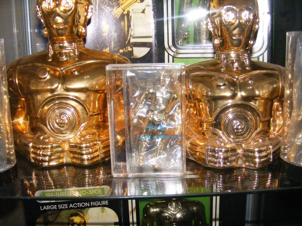 Sep 2013 Ikea Deltof C-3po Set up & Vintage C-3po Moc Shelfs 389_zpsf66ea93f