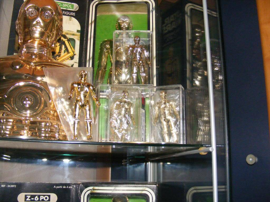 Sep 2013 Ikea Deltof C-3po Set up & Vintage C-3po Moc Shelfs 391_zps40b70b3b