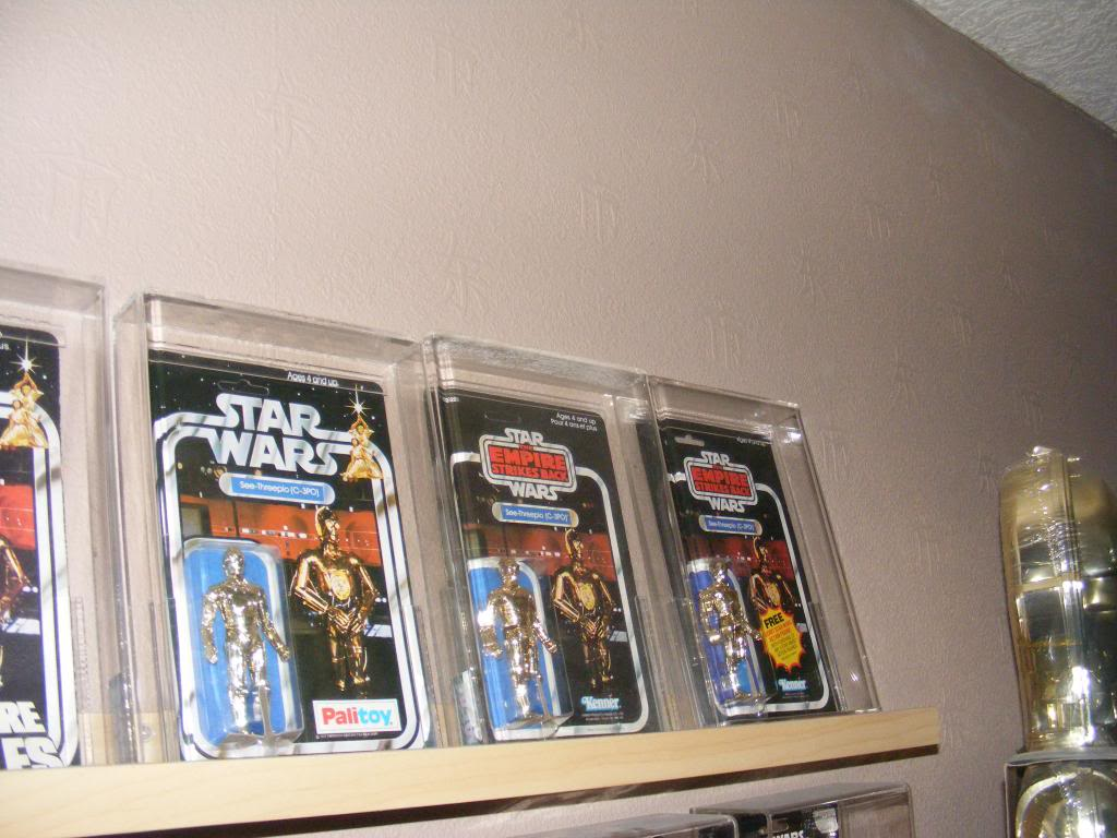 Sep 2013 Ikea Deltof C-3po Set up & Vintage C-3po Moc Shelfs 435_zps2e07d0d2