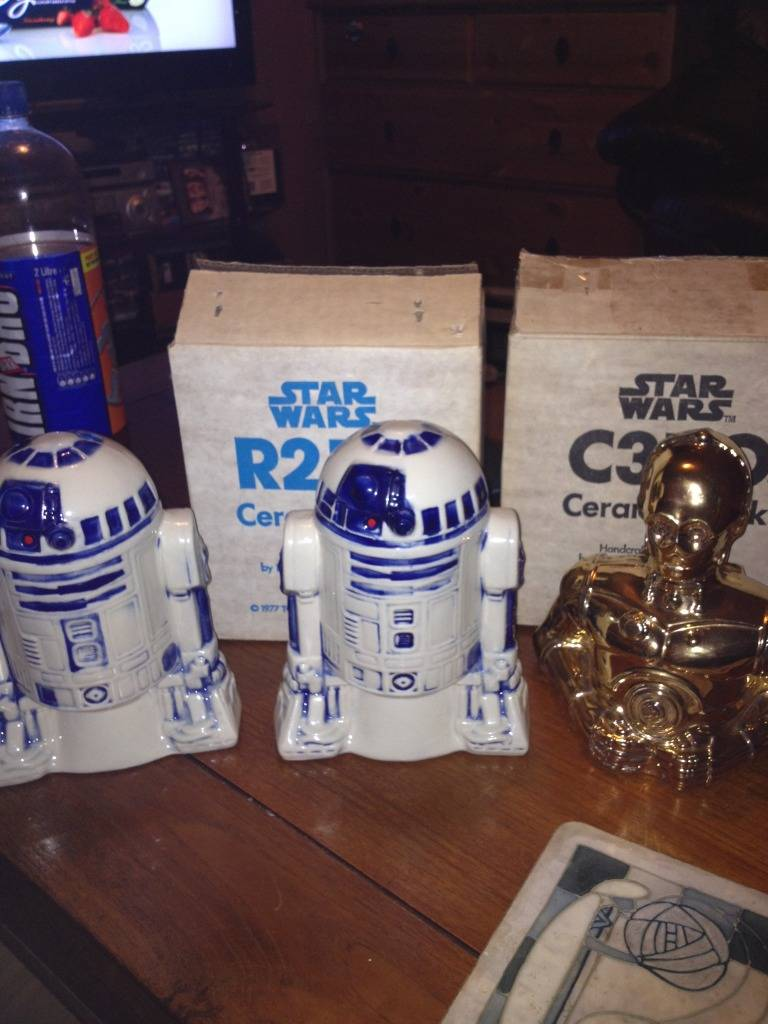 Vintage C-3PO & Loose Display New Items added 08/10/12 VintageR21977bank