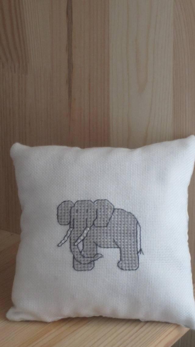 Duchess- goblen galerie II - Pagina 6 Elefant1