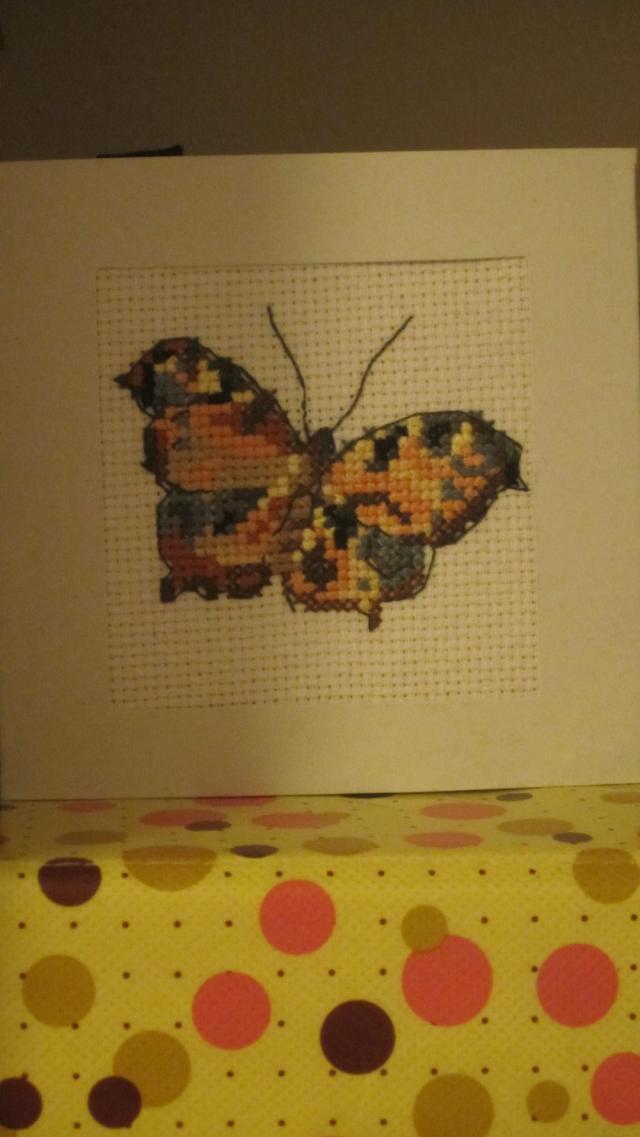 Felicitari cusute/brodate III - Pagina 10 Fluture