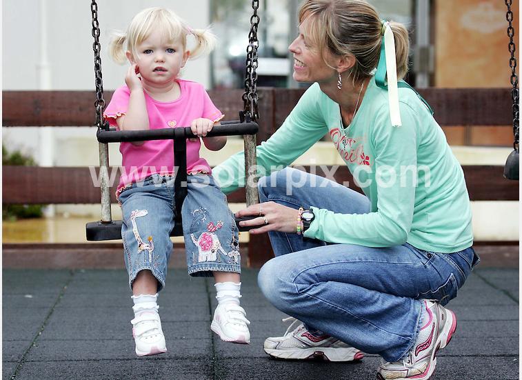 Swinging in Rothley...? Goitre_zpsixrcrxim